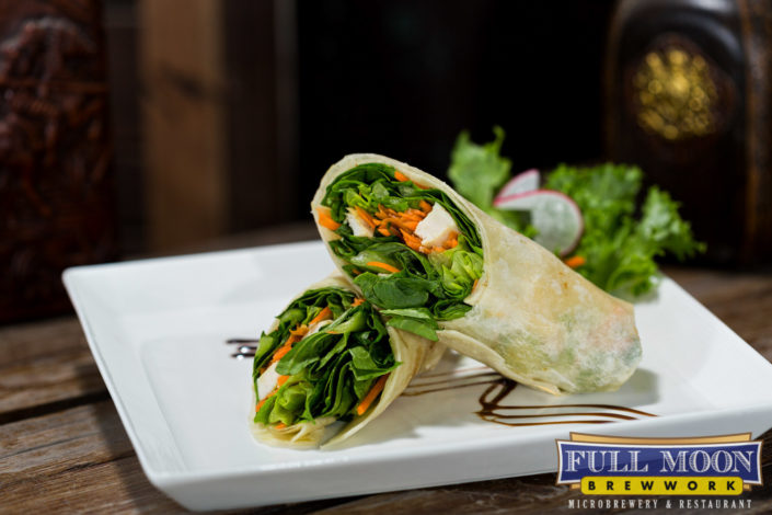 Food and drinks photography Full Moon Brewwork Phuket chicken caesar wrap.