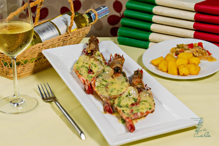 Food and drinks photography La casa Phuket shrimps with cheese.