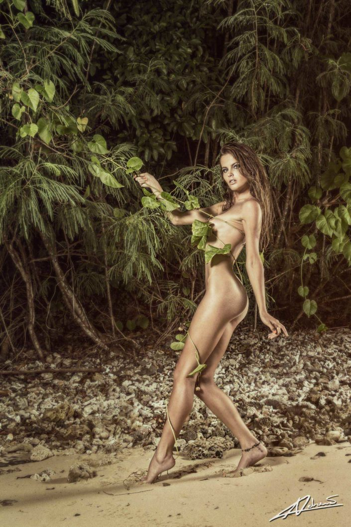 Nude photography woman in the jungle.