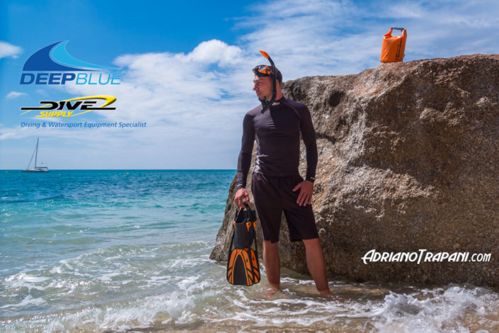 Product photography Dive Supply Deep Blue male equipment for snorkeling and rashguard.