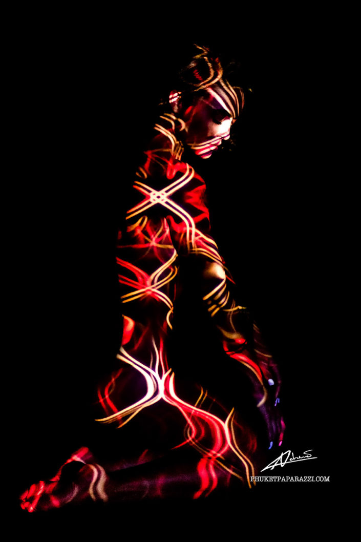 Projections-nude photography woman with red lines picture.